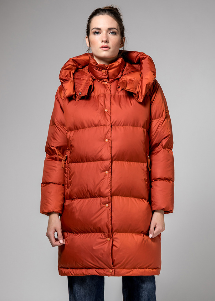 HOLUBAR: ORANGE MUSTANG BU15 LONG DOWN JACKET