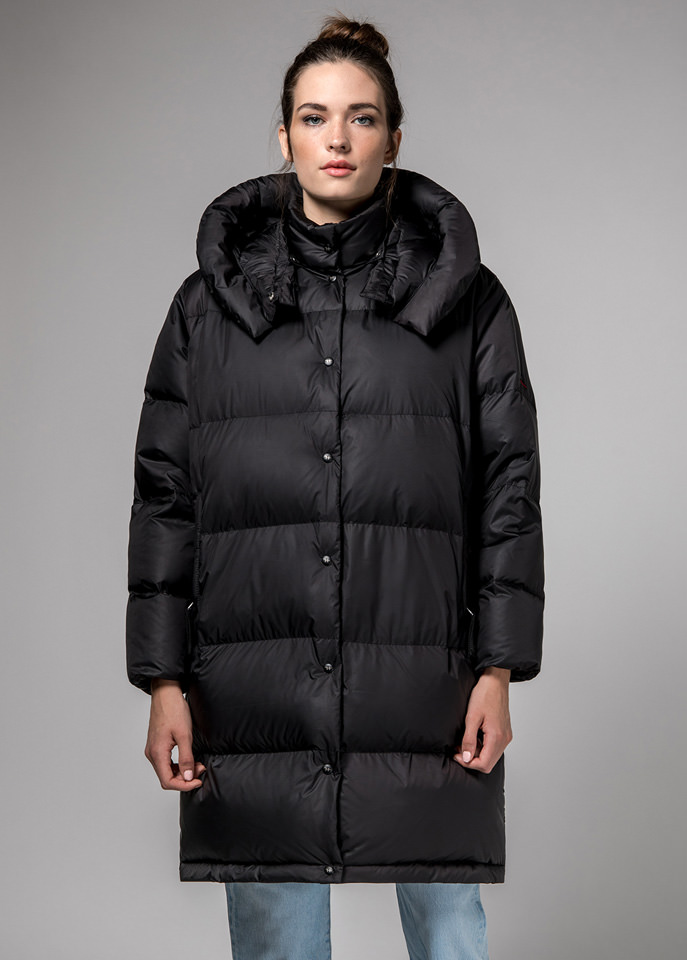 HOLUBAR: BLACK MUSTANG BU15 LONG DOWN JACKET